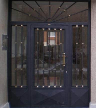 puertas comunidad
