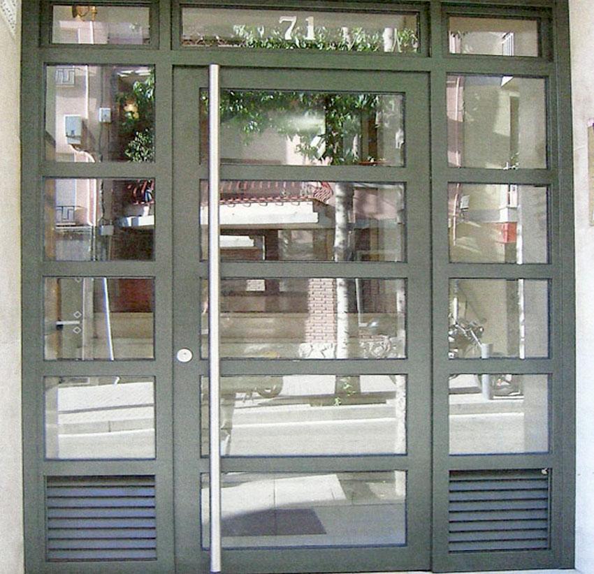 puertas comunidad barcelona